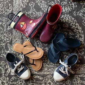4 shoe bundle: girls size 1